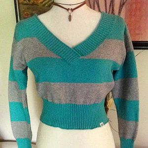 Aeropostale V-neck Striped Cropped Sweater XS